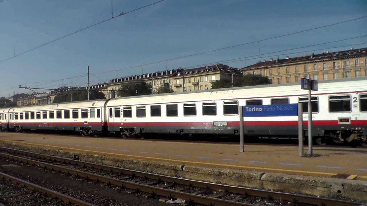 Treni in stazione con partenze e arrivi torino p n 2 - Orari treni milano torino porta nuova ...