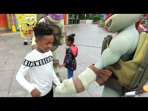 Lorenzo's New Best Friends! | Our Family trip to Blackpool