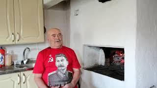 Вася Попов. Кино Вась поёт,а Сталин внимательно слушает,обратите внимание на лицо!