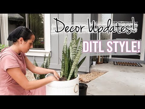 Front Door Decor | 2019 Outdoor Home Updates | Ditl Of a Mennonite Mom