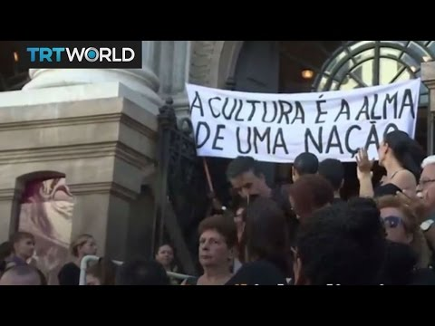 Brazilian artists take to the streets to protest