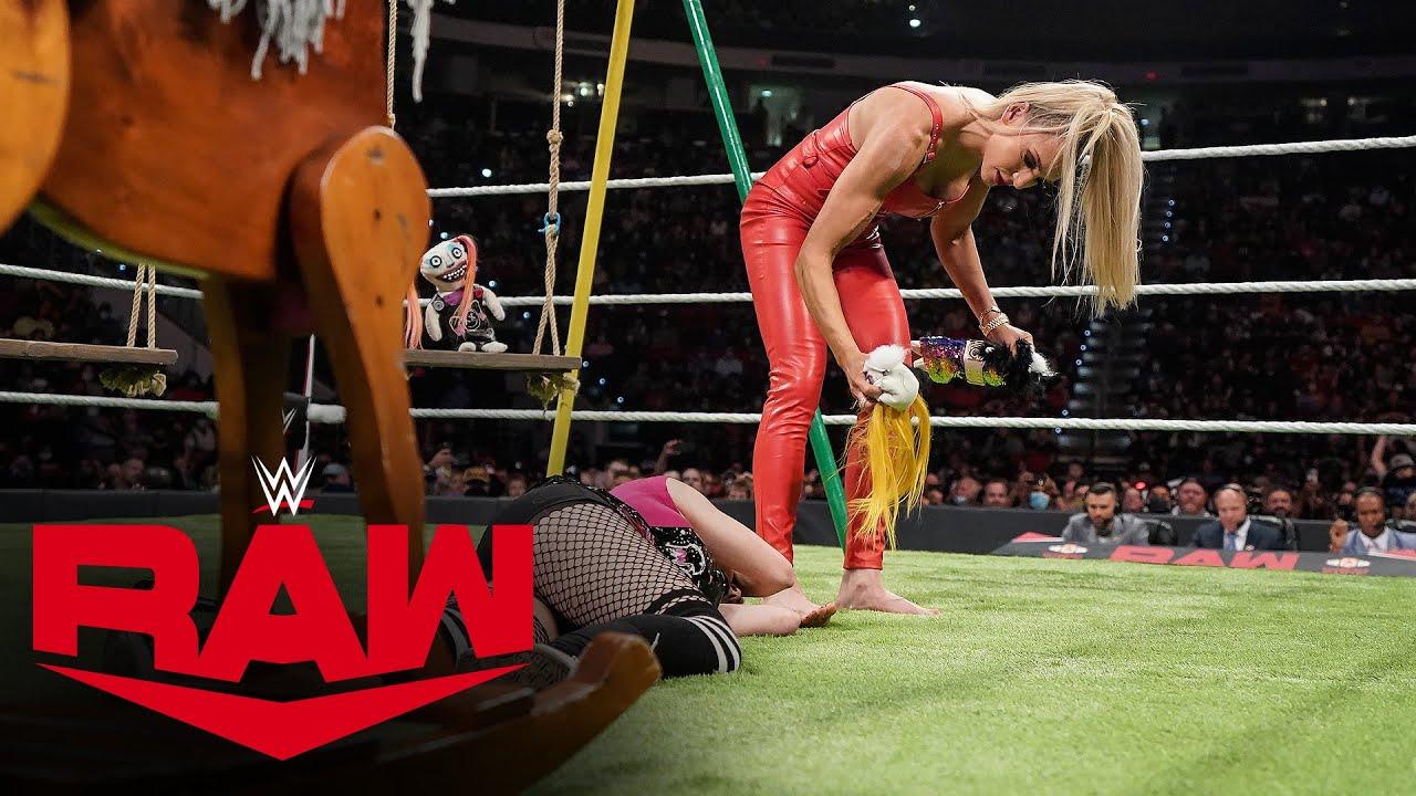 Fans Left The Arena During Charlotte Flair-Alexa Bliss Segment
