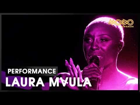 'Ready Or Not (Here I Come)' | LAURA MVULA | live at MOBO Awards | 2016 | MOBO
