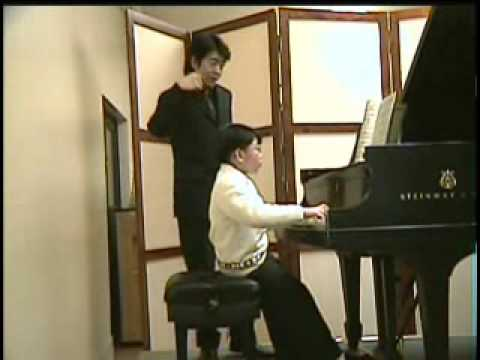 Lang Lang and George Li  (9 yr) with Sun Flowers