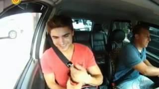 Zac Efron In Taxi Canta Ai Se Eu Te Pego
