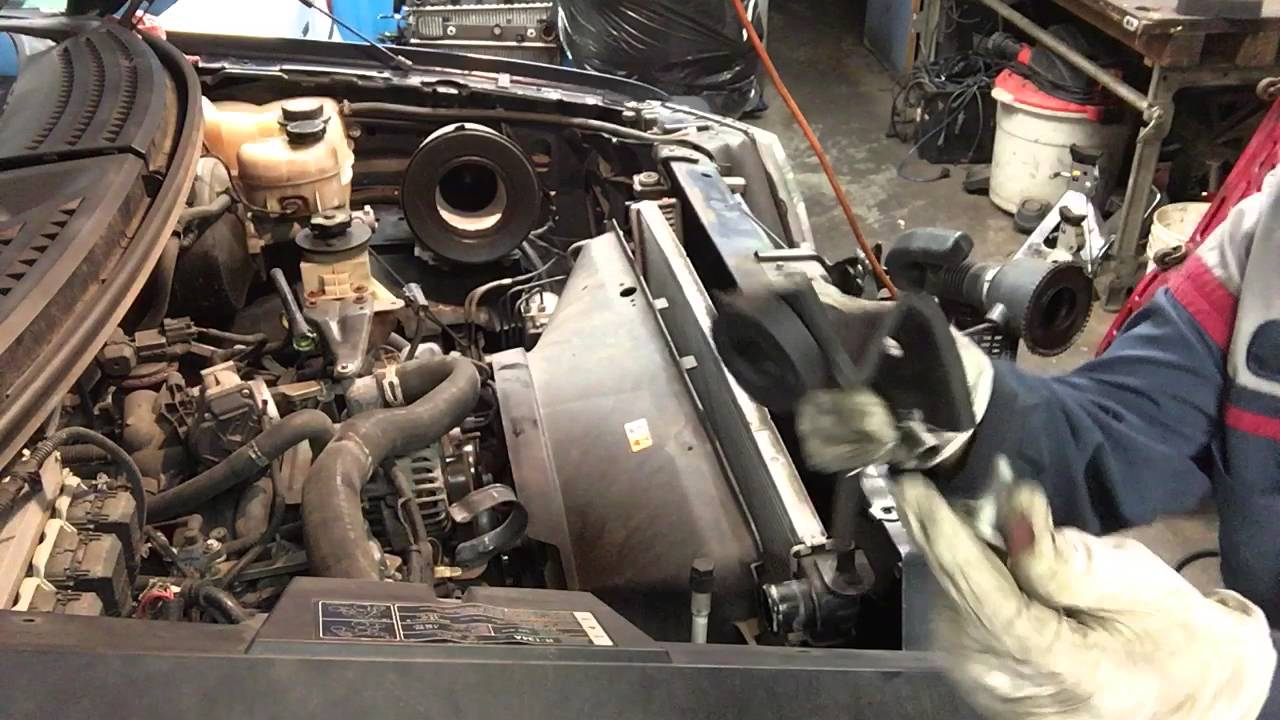 How Replace Radiator U0026quot 2008 Ford F150 4 6 L