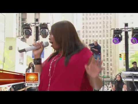 Jennifer Hudson Spotlight Live At Today Show 05 14 2009