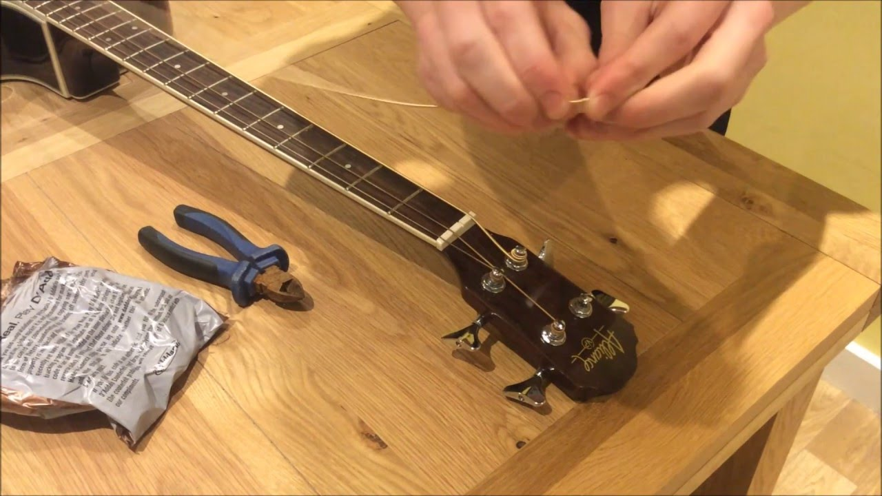 how to restring change strings on an acoustic bass guitar youtube. Black Bedroom Furniture Sets. Home Design Ideas