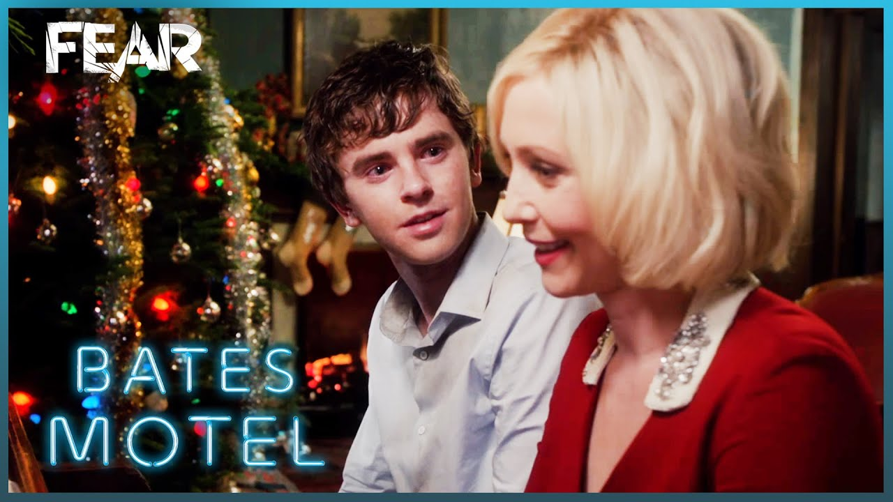 Reunited At Christmas.Norma And Norman Are Reunited At Christmas Bates Motel