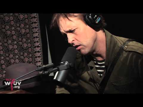"""Chuck Prophet - """"Willie Mays Is Up At Bat"""" (Live at WFUV)"""