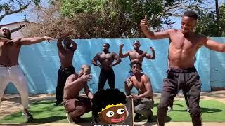 狂新聞同款 黑人猛男喊話祝福+肌肉秀範例