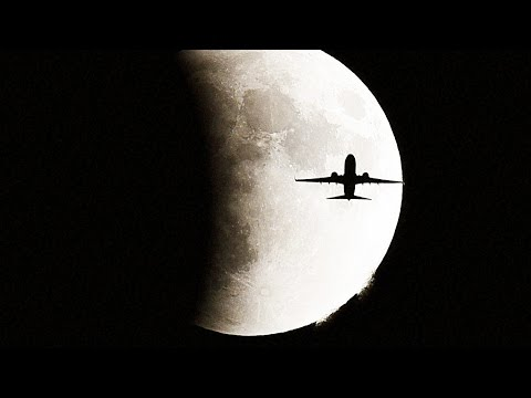 Supermoon viewed across the globe from Beijing to Berlin | Oneindia News