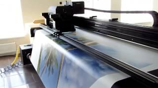 видео УФ широкоформатная печать на жестких материалах | Новости на farbis - широкоформатная печать, интерьерная печать, наружная реклама - (495) 644-97-65 Фарбис Москва