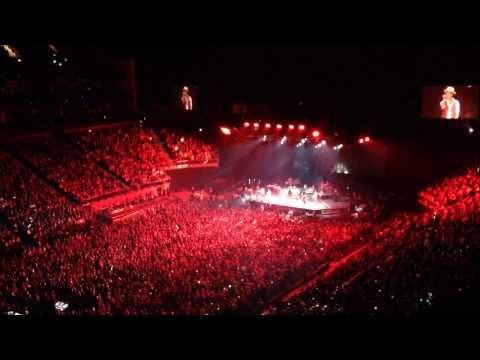 The Moonshine Jungle Tour Bruno Mars - Moonshine