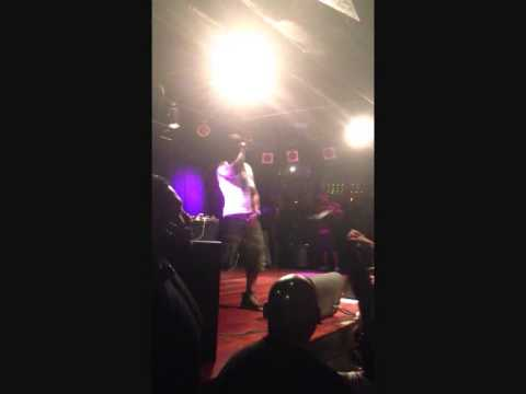 CHINGY - PULLIN ME BACK - LIVE IN AUCKLAND