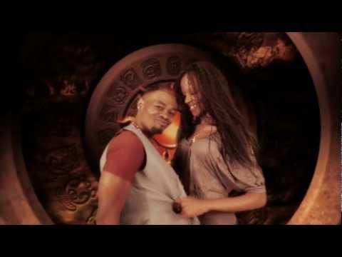 Meddy Ft. Ali Kiba - Ashinopo [Official Video] thumbnail