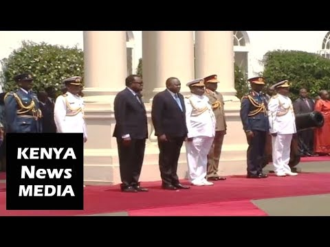 President Kenyatta receives President Hage Geingob of Namibia with GUN SALUTE and GUARD of HONOUR!!!