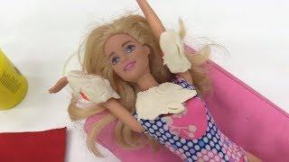Барби загорает на солнце. Играем в куклы - Мамы и Дочки