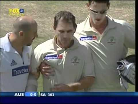 **OUCH!** JUSTIN LANGER vs NTINI - a bit of batting fail really......2006