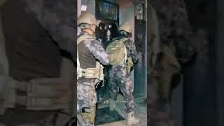 Kadın Polis Özel Harekat 😍🇹🇷 #pöh#jöh#ozelkuvvetler#turkaskeri#jandarma#asker