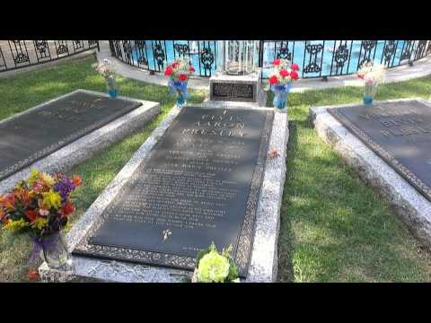 Memphis Graceland  Home, Grave of Elvis Presley music by George Souls  incl. car collection museum