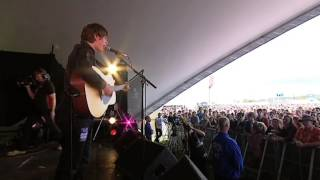Jake Bugg's tips on playing live
