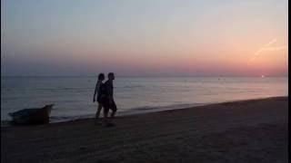 Видео заката солнца на Черном море онлайн(Закат солнца. Вечер. Заход на море. Видео. Звуки моря. Звуки природы. В общем, получилось расслабляющее..., 2016-08-19T19:59:52.000Z)