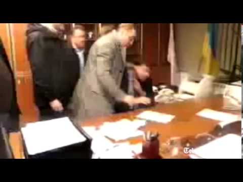 Ukraine TV chief attacked and forced to resign