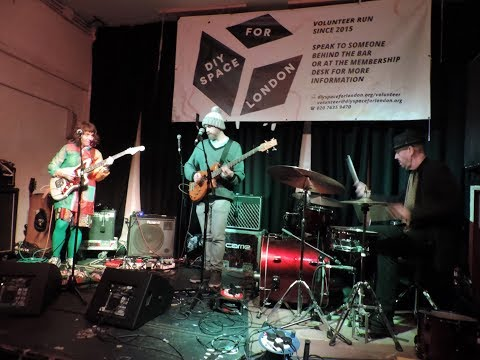 Jemma Freeman and The Cosmic Something @ DIY Space For London 05/04/18