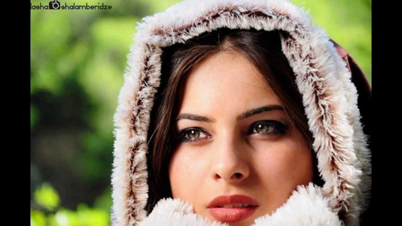 Beautiful Georgian girl's - YouTube