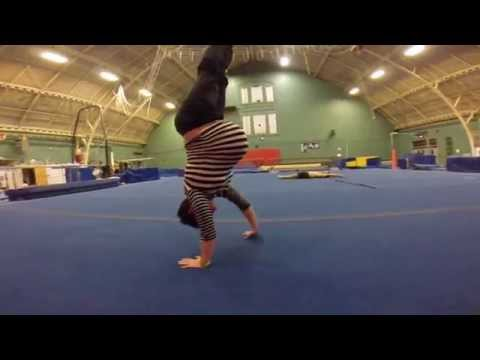 Dips and Handstand @ 35 Wks Pregnant with Twins