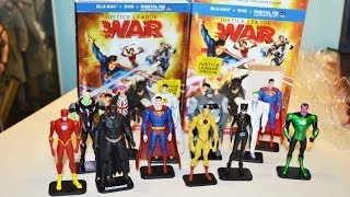 Justice League WAR movie Blu-ray DVD Best Buy Exclusive w/ FIGURE & DC COLLECTION! unboxing(February 5, 2014 - Before I relax and enjoy this film, I thought I'd do a quick unboxing vidio and share the latest Best Buy exclusive figure from this set., 2014-02-06T04:57:12.000Z)