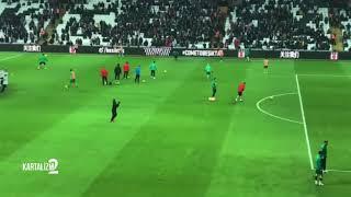 Shinji Kagawa Beşiktaş Tribünlerini Selamlıyor   VODAFONE PARK'TA JAPON USULÜ