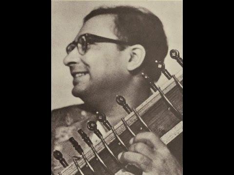Pandit Nikhil Banerjee (Sitar) - Raga Khamaj