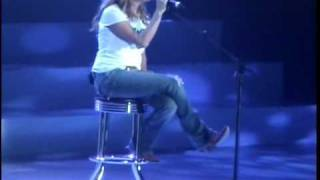 Carrie Underwood - Bless the Broken Road