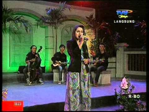 Orkes Kroncong Dewantara Muda live at TVRI Jogja (2)