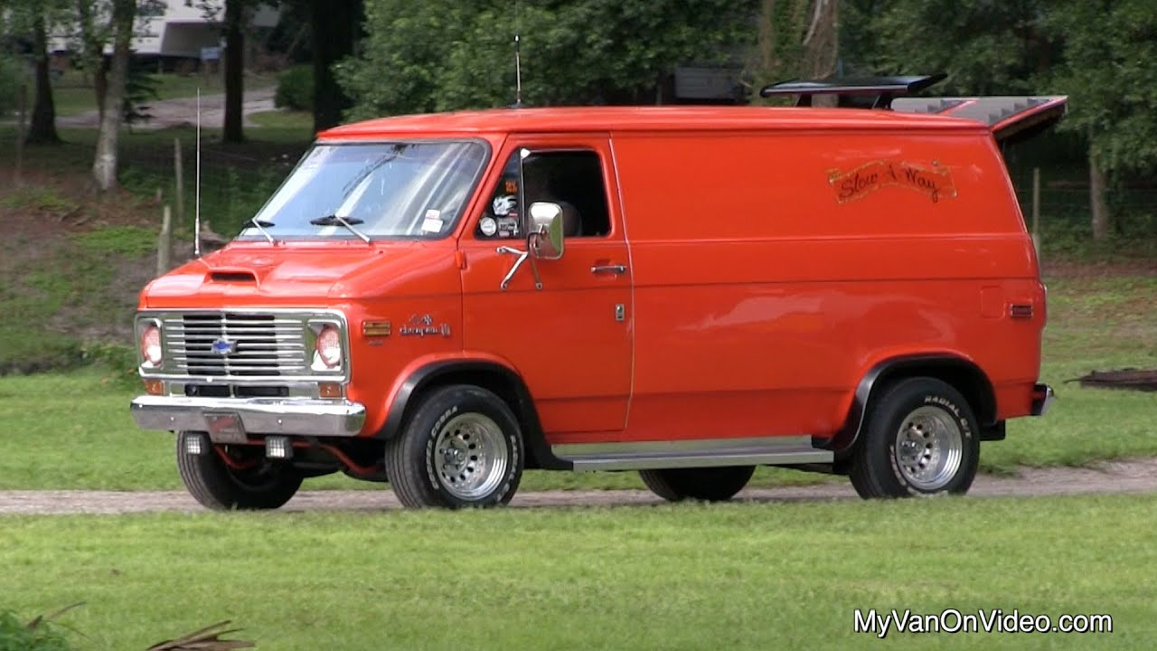 Joe Van\'s 1975 Chevy Van - YouTube