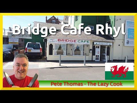 bridge-cafe-in-rhyl,-denbighshire,-north-wales