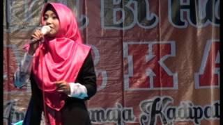 Download Video Ustadzah Mumpuni Handayayekti JULI 2017 - Kadipaten Wiradesa Pekalongan, 05 Juli 2017 MP3 3GP MP4
