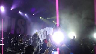 Matisyahu Stage dive Live at Stubbs