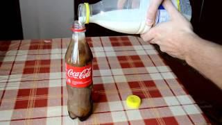 (Video Heboh) Beginilah Jadinya Jika Coca Cola Dicampur Susu