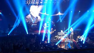 Queen + Adam Lambert - Under Pressure - live - MGM Park Theater Las Vegas