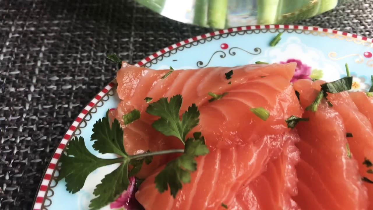 Готовим у Каси / малосольная рыба / семга слабосоленая , Лосось с солью , соленая форель