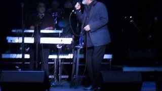 Hesse tanhaee, Ebi Live in Concert, 10.19.2013 (حس تنهایی)