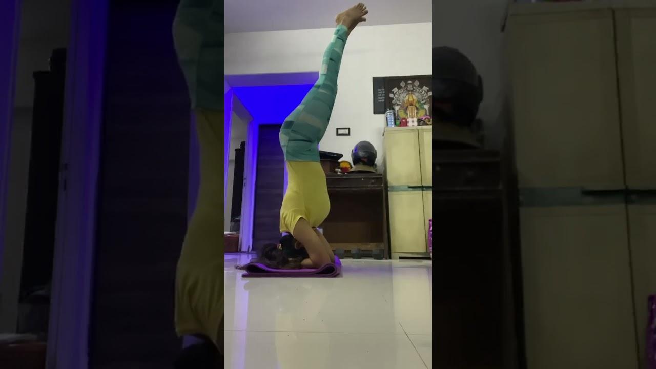 Download Bagyashree mote,Yoga With Bhagyashree, Bhagyashree mote fanclub,Bagyashree mote hot ,WhatsAppstatus