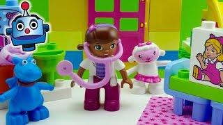 Clínica LEGO de la Doctora Juguetes con tobogán - Juguetes de Doctora Juguetes