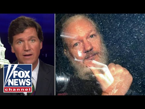 Tucker investigates why 'DOJ is pursuing Julian Assange aggressively'