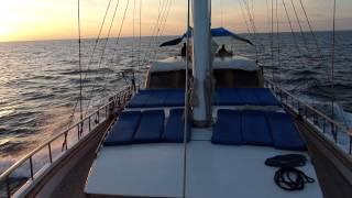 Navigazione Alle Isole Eolie con il caicco Pallas.