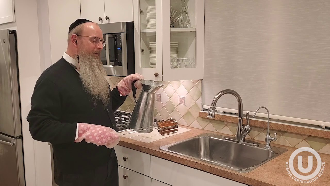 how to kasher a sink for pesach