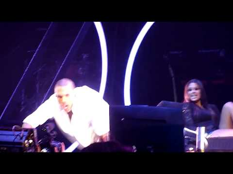 Chris Brown- Take You Down Live Detroit